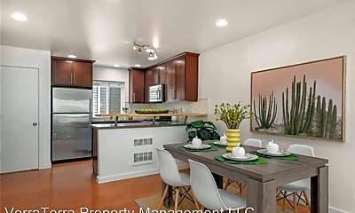 Dining Room, 662 NE 40th St, 1