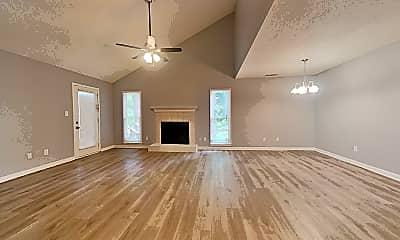 Living Room, 909 Dogwood Ln, 1