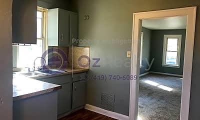 Kitchen, 2034 Brussels St, 1