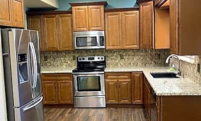 Kitchen, 6332 West Saddlehorn Road, 1