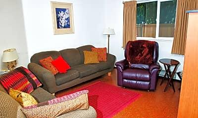 Living Room, 814 N L St, 2
