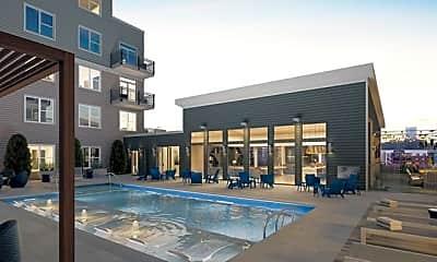 Pool, 525 North Avenue NE Unit #1, 1