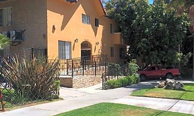 20/20 Villa Apartments, 1