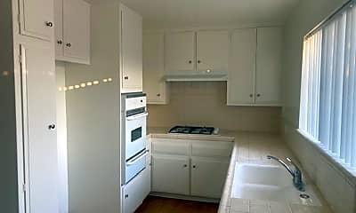 Kitchen, 401 Raymond Ave, 1