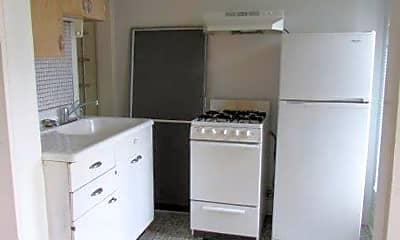 Kitchen, 215 E Mifflin St, 1