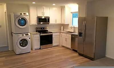 Kitchen, 3537 Bellaire Dr S, 2