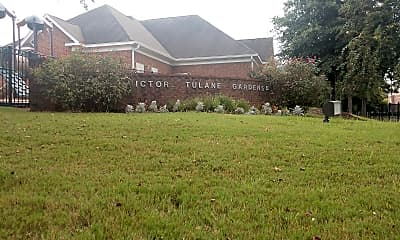 Victor Tulane Gardens, 1