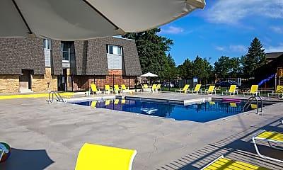 Pool, Auburn Place, 0