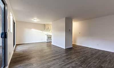 Living Room, 3812 Mission St, 0