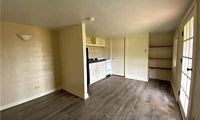 Living Room, 414 E Bayview Blvd B, 1