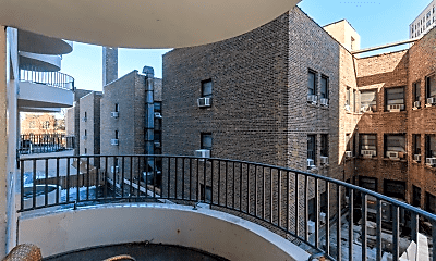 Patio / Deck, 2020 N Lincoln Ave, 2