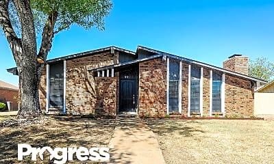 Building, 935 Live Oak Dr, 0