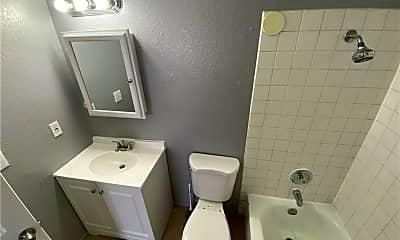 Bathroom, 4561 Macher Way D, 2