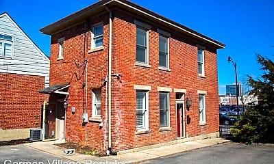 Building, 325 E Livingston Ave, 2