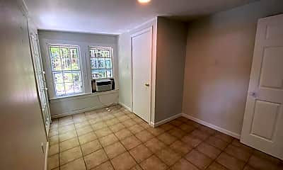 Living Room, 824 E 30th St, 1