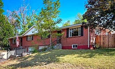 Building, 1390 W Berry Dr, 1