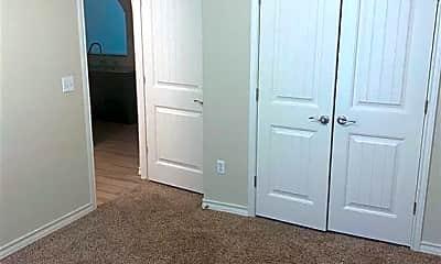 Bedroom, 919 Moore Ave, 2