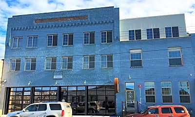 Building, 30 NE 1st Street, 2