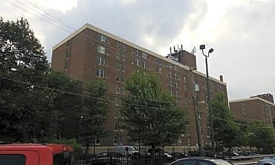Mahalia Jackson Apartments, 2
