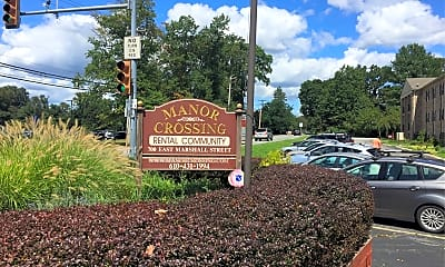 Manor Crossing, 1