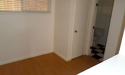 Bedroom, 670 Boyd St, 2