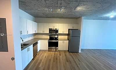 Kitchen, 2165 Van Buren St 602, 0