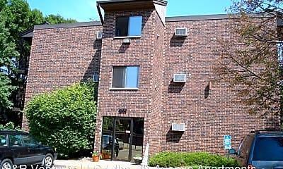 Building, 2050 7th Ave E, 2
