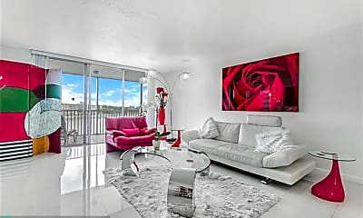 Living Room, 2900 N Course Dr 510, 0