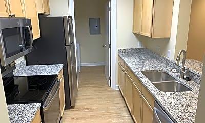 Kitchen, 2424 Selwyn Ave, 0