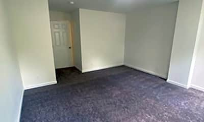 Living Room, 1011 N Pine St, 1