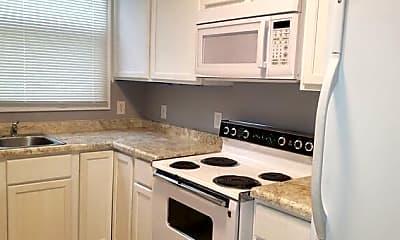 Kitchen, 215 E 36th St, 1