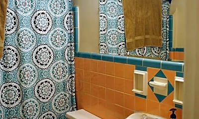 Bathroom, 3834 Hyde Park Ave, 2
