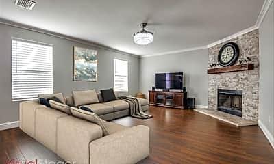 Living Room, 2754 Hacienda Lake Dr, 2