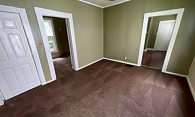 Bedroom, 2430 Thompson Ave, 1