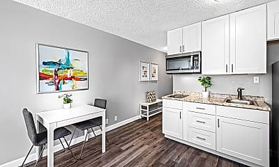 Kitchen, The Incline Apartments and Studios, 0