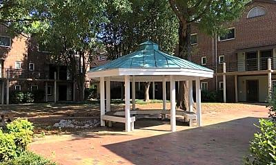 Patio / Deck, 211 Church St, 2