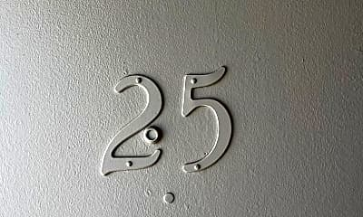 2351 McCulloch Blvd N, 0