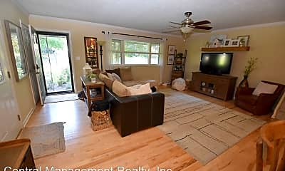 Living Room, 18035 Chipstead Dr, 1