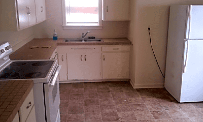 Kitchen, 758 Sylvan Ln, 2