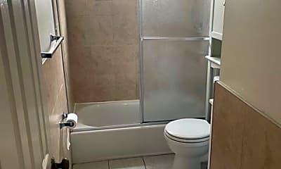 Bathroom, 99 Bartlett Ave, 2
