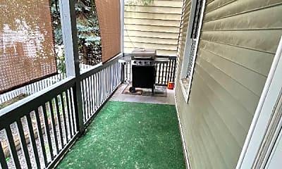 Patio / Deck, 98 Maple St, 2