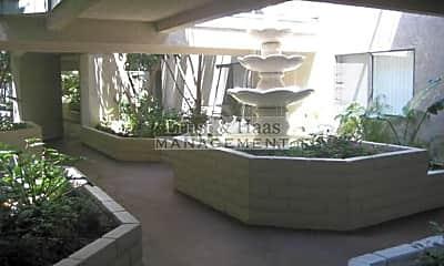 Patio / Deck, 6635 Orizaba Ave, 2