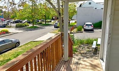 Patio / Deck, 535 NE 76th Ave, 1