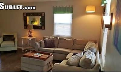 Living Room, 4403 Ocean View Ave, 1