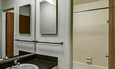 Bathroom, 223 Delta St, 2