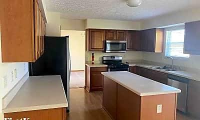 Kitchen, 3687 Lake Lanier Dr, 1