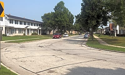 Custer Heights Apartments, 2