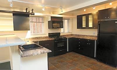 Kitchen, 1315 Park Rd NW A, 1