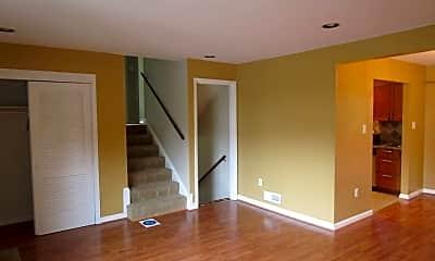 Living Room, 7928 Shreve Rd, 1