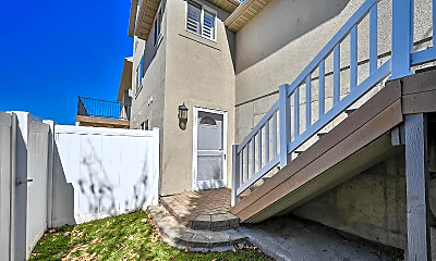 Building, 9283 N Canyon Heights Dr, 2